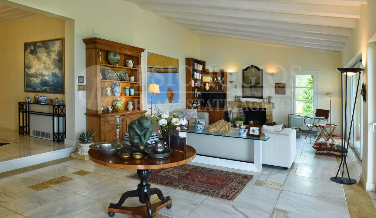 for_rent_house_600_square_meters_sea_view_porto_heli_greece (131)