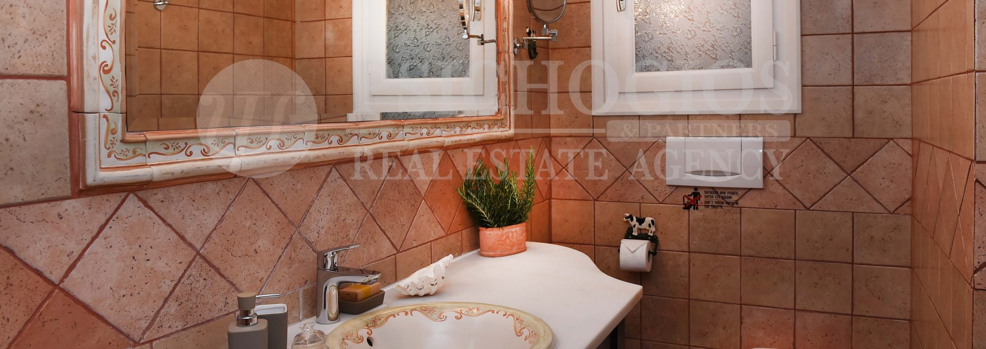 for_rent_house_600_square_meters_sea_view_porto_heli_greece (66)