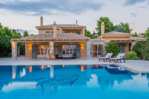 for_rent_villa_540_square_meters_swimming_pool_on_the_beach_Costa_Greece (31)