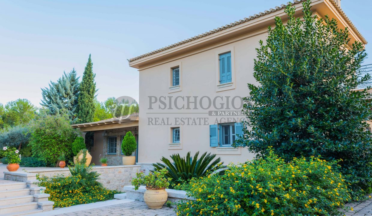 for_rent_villa_540_square_meters_swimming_pool_on_the_beach_Costa_Greece (9)