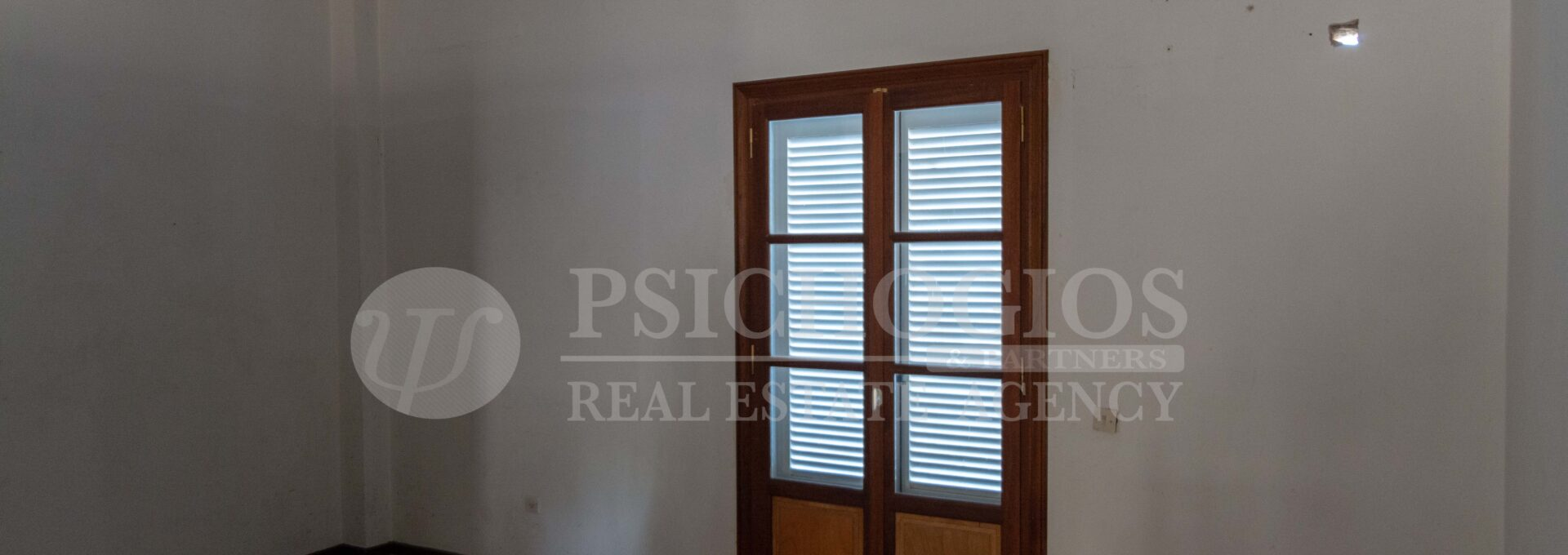 for_sale_house_200_sq.m._4_bedrooms_sea_view_spetses_greece 1 (23)
