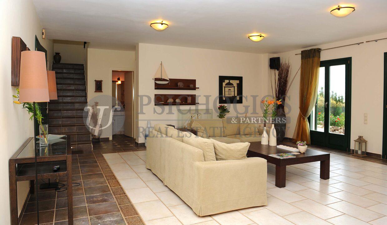 for_rent_villa_400_square_meters_8_bedrooms_amazing_sea_view_Koilada_Greece (14)