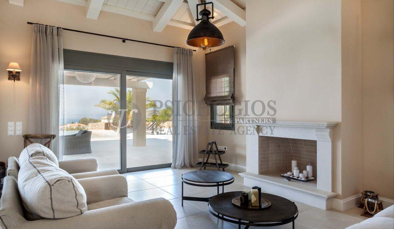 for_sale_ house_245_square_meters_swimming_pool_near_the_sea_Porto_Xeli_Greece(15)