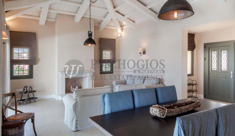 for_sale_ house_245_square_meters_swimming_pool_near_the_sea_Porto_Xeli_Greece(17)