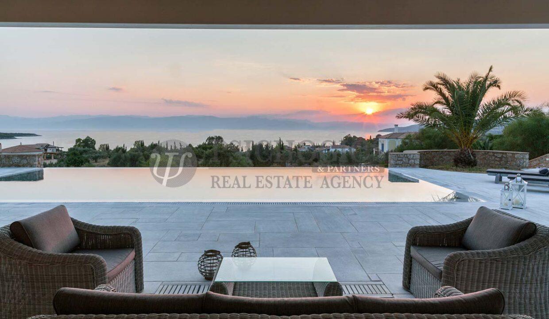 for_sale_ house_245_square_meters_swimming_pool_near_the_sea_Porto_Xeli_Greece(5)