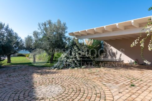 for_sale_house_263_sq.m_sea_view_porto_heli_greece 1 (23)