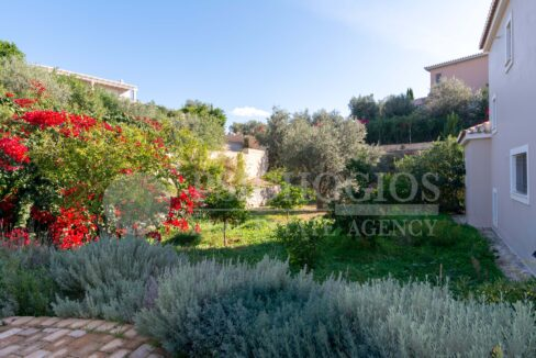 for_sale_house_263_sq.m_sea_view_porto_heli_greece 1 (49)