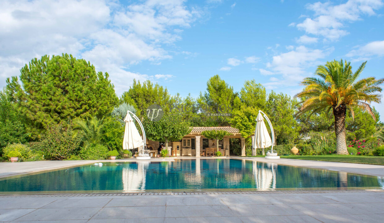 for_sale_villa_540sq.m_on_the_beach_pool (3)