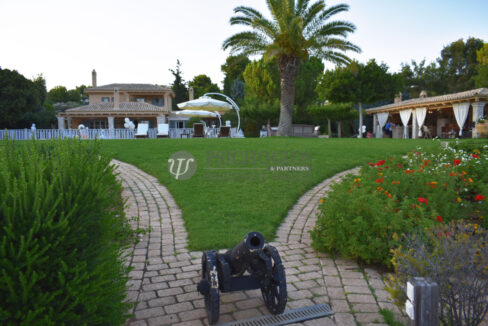 for_sale_villa_540sq.m_on_the_beach_pool (8)