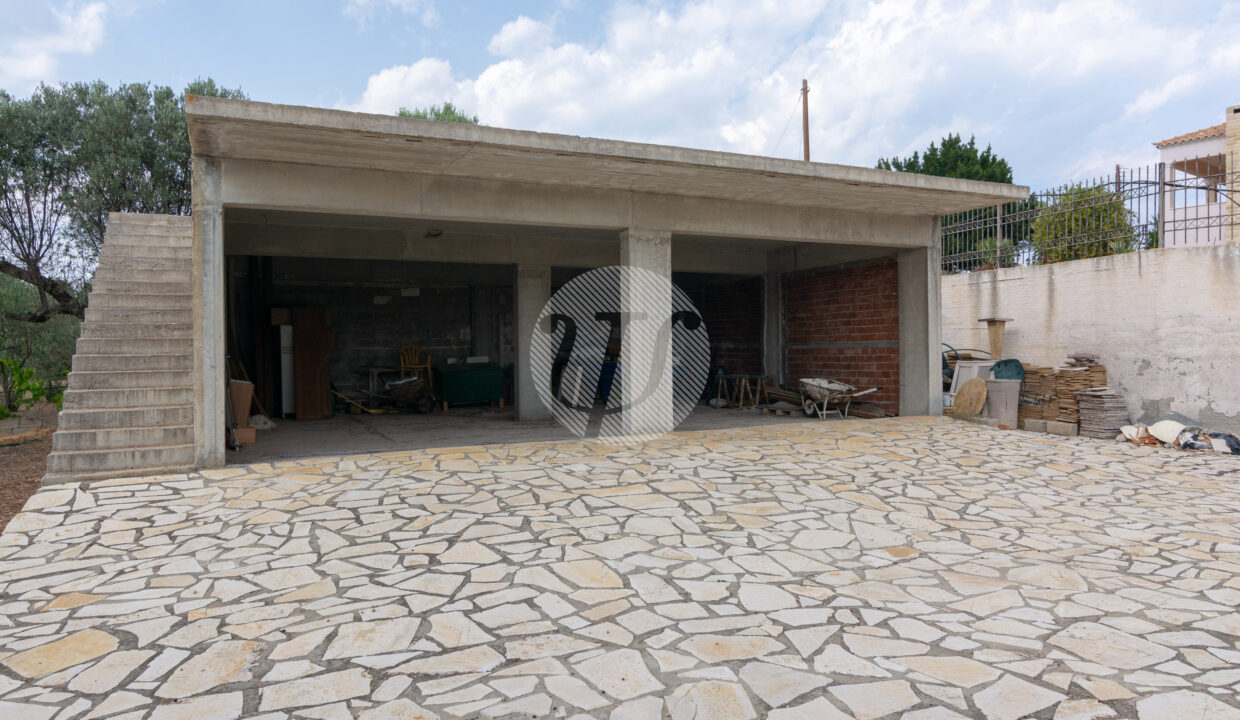 HOUSE OF 150 SQ.M (9)