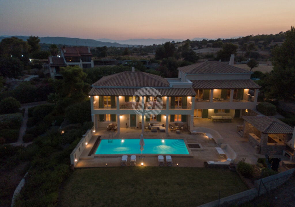 HOUSE OF 440 SQ.M (19)
